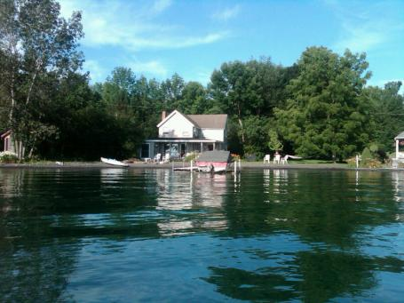 Cottage on Skaneateles lake